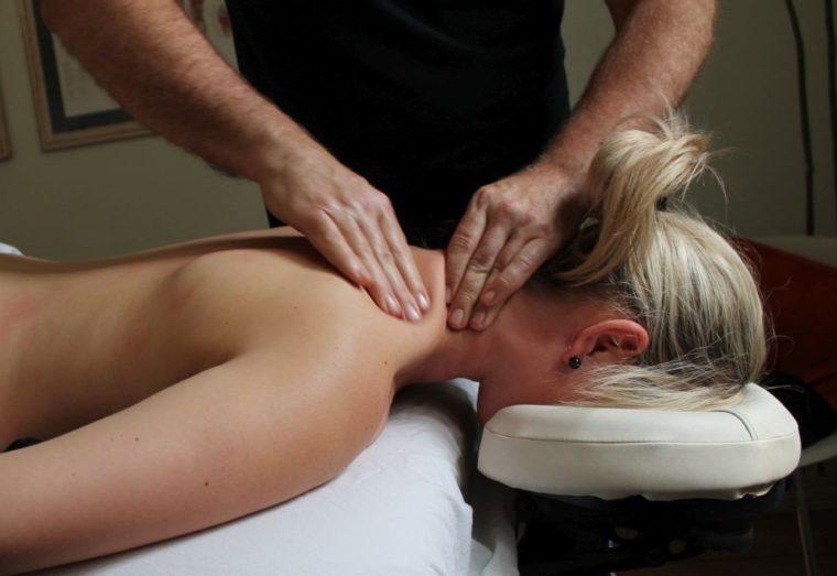 Smerter i nakken - massage
